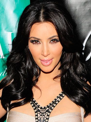 43bd9a0a7ae <p>Kim K LOVES her lashes long and strong. Like her glossy hair