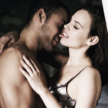 This move allows you to really focus on that sensitive head. With your lips pursed, kiss the very top of his penis, then slowly allow your lips to open up and you move further down his penis head. Stop just as you reach his corona, squeeze your lips tightly together, then go back to the top.