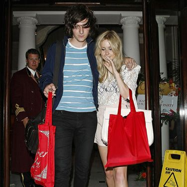 <p>One Night Only's George Craig has bounced back after splitting up with Emma Watson - he's now dating Diana Vickers! Here are the lovebirds looking a bit worse for wear at the Kanaloa and Gallo summer party. Alka-seltzer, anybody? </p>