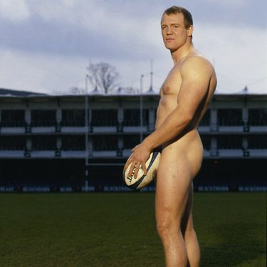 <p>The rugby ace and partner of Zara Phillips played ball for Cosmo</p>