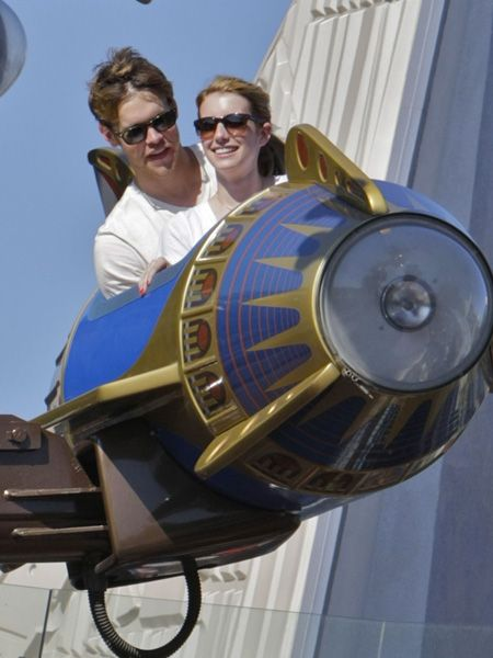 <p>Aw, new lovebirds Emma Roberts and Chord Overstreet were flying high at Disneyland this week. So sweet - we wish we could ditch the desk and head to a theme park now!</p>