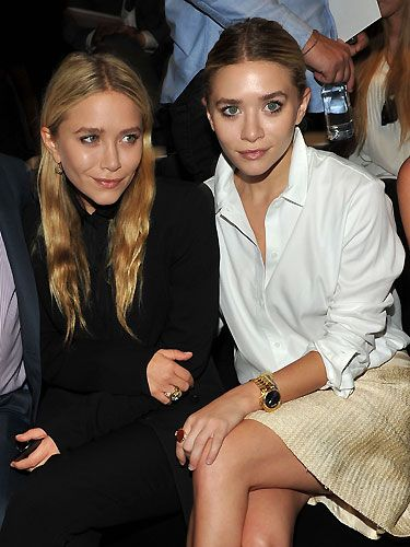 Mary-Kate and Ashley Olsen look uber-cool in their blouses; so very grown up!