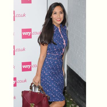 "<p>Myleene Klass always looks gorgeous and she didn't disappoint at Fearne Cotton's <a href=""http://www.very.co.uk/women/fearne-cotton/e/b/1589,4294954879/s/newin,0.end"">very.co.uk</a> show in this printed dress. She teaches us that the best way to accessories is to match your lipstick to your handbag</p>"