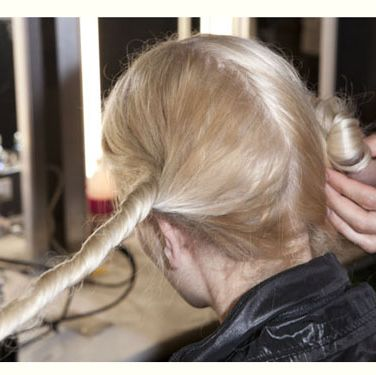 "<p><a href=""http://www.cosmopolitan.co.uk/beauty-hair/beauty-blog/lfw-ss12-backstage-beauty-gile"">Get the lowdown on the beauty look at Giles SS12</a></p>"