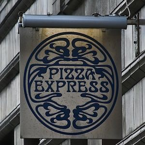 """Fancy dining out this week for a little less? Of course you do! Make sure to visit Pizza Express and score a pizza for £2 with any main course. All you need to do is visit <a name=""""napl"""" href=""""#napl"""" onClick=""""window.open('http://www.pizzaexpress-offers.co.uk/?s=1&cc=PE_201110303W_CECWFWCSOFFBMOANNA_A&email=KAYLESDRAY%40HOTMAIL.COM&title=Miss&forename=Kayleigh&surname=Dray&utm_source=ECOS&utm_medium=email&utm_campaign=20111030_PizzaExpress_BA_Pizzafor2_Active') &#x3B;"""">PizzaExpress.co.uk</a> to get your exclusive voucher."""