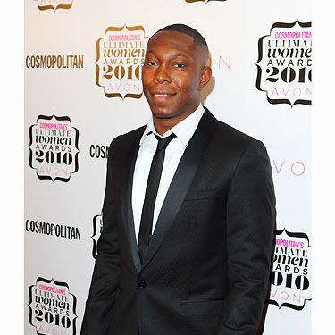 Nobody puts Dizzee Rascal in the corner! When he took centre stage and accepted Cosmo's 'Ultimate Celeb Man' Award he looked super fierce. We rarely see the suited and booted version of Dizzee Rascal - suits you sir!
