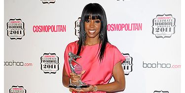 Wow! Kelly Rowland had clearly got over her illness and was back with a BANG at the Cosmo Awards last night. Wearing floor-length Maria Grachvogel and Louboutin shoes the X Factor judge was glam-tastic, Her stunning bling was Calvin Klein, Van Cleef & Arpels, Skir Lin and Stephen Webster