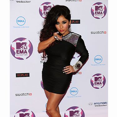 The EMAs would not be the same without Snooki from Jersey Shores. The reality star didn't disappoint with her choice of outfit either! Plenty of flesh on display, plenty of bling and plenty of BIG hair