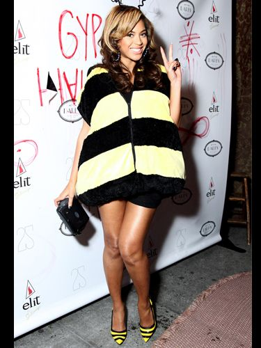 Superstar Beyonce isn't afraid to have a little fun for Halloween! We love how she's dressed up in this bumblebee inspired outfit - she's even got the shoes to match. We're sure her daughter is going to have lots of fun with mummy B