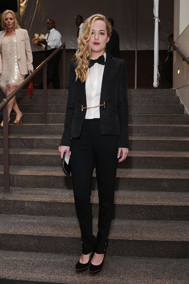 She was the envy of many to have a raunchy scene with Mr Timberlake in The Social Network, but Dakota made her unique style just as desirable and daring. Bucking the trend for the evening she went for an androgynous, suited look