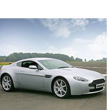 <p>If your boyfriend fancies himself as a bit of a James Bond, then humour his need for speed with a ride in a swarv' Aston Martin</p>
