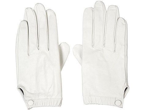 "Elegance is coming back and the BBC certainly has it covered. White gloves are crucial to the wardrobe of the Pan Am cast so take note and head straight to Topshop for these bad boys <p>£24, <a href=""http://www.topshop.com/webapp/wcs/stores/servlet/ProductDisplay?beginIndex=0&viewAllFlag=&catalogId=33057&storeId=12556&productId=3342652&langId=-1&sort_field=Relevance&categoryId=220581&parent_categoryId=204484&pageSize=20"">Topshop</a></p>"
