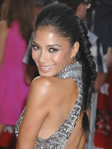 Nicole Scherzinger's hair isn't celebrated enough, and that's probably because we take her good hair for granted. But when she scraped back her locks into a fishtail plait, we awed over how pretty she looked!