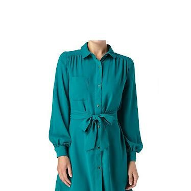 """<p>This jewel-coloured shirt dress is a great way to add a little colour into a winter workwear wardrobe. It's a totally classic shape and an absolute steal!</p><p>Belted crepe dress, was £24.99, now £10, <a href=""""http://www.newlook.com/shop/womens/womens-sale/belted-crepe-dress_226413232"""" target=""""_blank"""">New Look</a></p>"""
