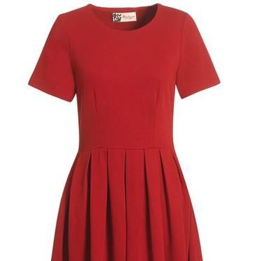 """<p>Jaeger Boutique has become our go-to shop for flattering dresses and this cherry-red number is no exception. This is one of several frocks they currently have on sale which will take you seamlessly from winter into the S/S season</p><p>Jersey prom dress, was £115, now £65, <a href=""""http://www.jaeger.co.uk/index.cfm?page=1013&productid=610084B&productvarid=610084B-03100-12&refpage=Boutique-Dresses&pagesize=500&productpage=1&viewall=true"""" target=""""_blank"""">Jaeger Boutique</a></p>"""