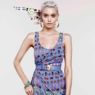 """<p>The Versace for H&M Cruise Collection will be available <a title=""""http://www.hm.com/gb/"""" href=""""http://www.hm.com/gb/"""" target=""""_blank"""">online</a> from 19th January</p>"""
