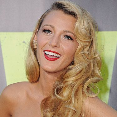 """<p>Wow! How gorgeous, amazing, stunning does Blake Lively look at the LA premiere of her new film, Savages. No wonder she's our ultimate girl crush when it comes to celeb hairstyles. We love the Veronica Lake curls she's sporting, especially as they tumble gently to one side. We imagine lots of hairspray was needed to keep this look on place. We're loving <a title=""""http://www.charlesworthington.com/hair-products/brilliant-shine-max-hold-hairspray"""" href=""""http://www.charlesworthington.com/hair-products/brilliant-shine-max-hold-hairspray"""" target=""""_blank"""">Charles Worthington's Brilliant Shine Max Hold Hairspray</a> £5.19, at the moment - try it!</p><p><a title=""""http://www.cosmopolitan.co.uk/beauty-hair/styles/celebrity/great-gatsby-veronica-lake-waves-hairstyle-get-the-look"""" href=""""http://www.cosmopolitan.co.uk/beauty-hair/styles/celebrity/great-gatsby-veronica-lake-waves-hairstyle-get-the-look"""" target=""""_self"""">TOP TIPS FOR VERONICA LAKE CURLS HERE</a></p>"""