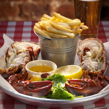 """<p>Legendary London barbeque and crabshack, Big Easy is now offering two pounds of prime Maine lobster for <strong>just £19.50</strong>, with fries, salad and a frozen margarita or beer – so you can now indulge in the crème de la crème of crustaceans without any wallet worries.<br /> <br />Available everyday and served with fries, salad and a frozen margarita or beer, these lip-smackingly good prices mean this ultimate culinary delicacy isn't just for A-listers!<br />  <br />And if lobsters don't rock your boat, then feast on an array of prime steaks, home-smoked Bar-B-Q ribs and sizzling fajitas, alongside live music every night.<br /> <br />This deal is available everyday until 30 September 2012. Visit the <a href=""""http://www.bigeasyrestaurant.co.uk"""" target=""""_blank"""">Big Easy website</a> for more information.</p>"""