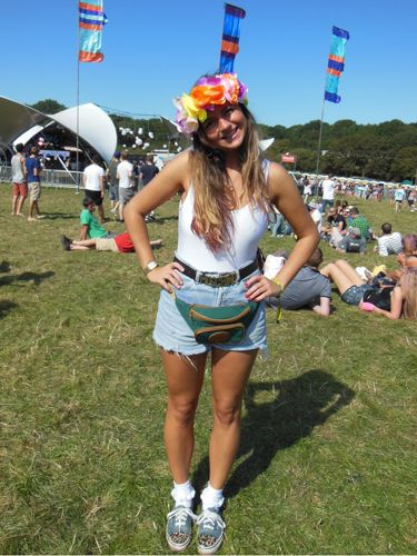 <p> </p> <p>Nat, 24</p> <p>Nat came out to the Bestival in a flower headband she made herself. Together with vintage denim shorts and a white American Apparel top, she looked simply adorable!</p>