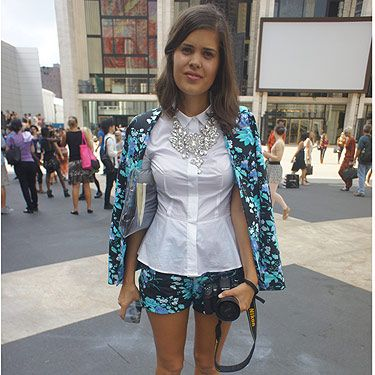 <p><em>Fashion blogger</em></p>