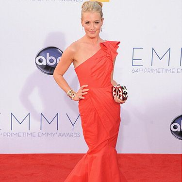 <p>Our favourite TV show host Cat Deeley was nominated yet again for her fabulous performance on So You Think You Can Dance. She attended the 2012 Emmy Awards in an uh-maze red one-shoulder mermaid gown that couldn't have looked more fabulous on her. Red hot!</p>
