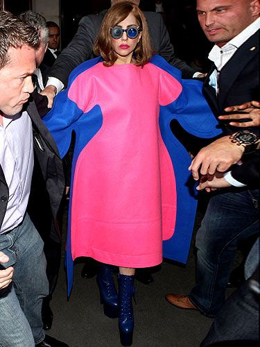 "<p>We love how Lady Gaga fights back with fashion and that's exactly what she did as she hit the streets of France in this pink and blue fat suit. Mocking those who said she had a 'fuller-figure' of late, Gaga not only wore this oversized ensemble but used her twitter account too. Lady Gaga posted a picture of the gorgeous Marilyn Monroe saying, ""To all the girls that think you're ugly because you're not a size 0, you're the beautiful one. It's society who's ugly."" We couldn't have said it better ourselves, well done Gaga!</p>"