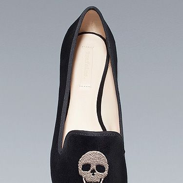 <p>Step out in style ahead of Halloween with this rock 'n' rolling velvet skull slippers from Zara. In such soft shoes, you won't be going bump in the night (hopefully)...</p>