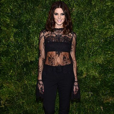 <p>Ashley Greene shows you don't always need a gown to look glam at an A-List event.</p><p>Wearing a black lacy top by Wes Gordon and cropped black trousers, we think Twilight's obviously had an effect on the actress as she's totes getting in touch with her dark side here.</p>