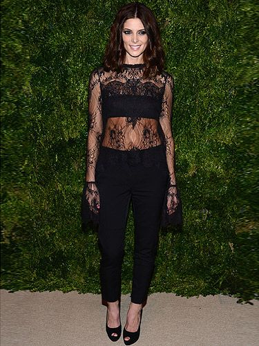<p>Ashley Greene shows you don't always need a gown to look glam at an A-List event.</p> <p>Wearing a black lacy top by Wes Gordon and cropped black trousers, we think Twilight's obviously had an effect on the actress as she's totes getting in touch with her dark side here.</p>