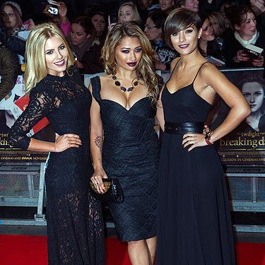 <p>Three of The Saturdays went full-on goth last night as they got into the spirit of things at the Breaking Dawn Part 2 premiere.</p><p>With lashings of black lace and dark vampy makeup, we feel like we're watching a scene from ace 90s gothic chic flick The Craft! (This is a good thing).</p>