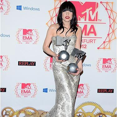 <p>'Call Me Maybe' singer Carly Rae Jepsen was absolutely glowing at the 2012 MTV EMAs having been nominated for three awards. She went home with the award for Best Song, naturally. Congrats, girl!</p>