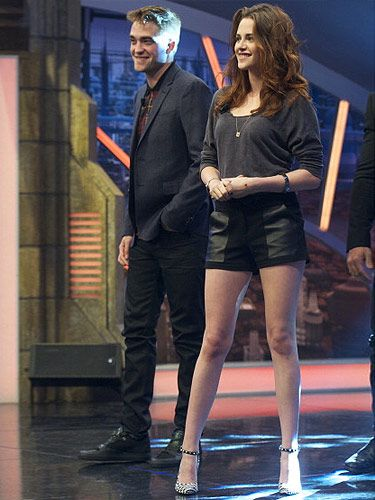 <p>Didn't Kristen Stewart look fabulous on the Madrid talk show El Hormiguero next to her partner-in-crime Robert Pattinson? We loved her casual on-air outfit with those classic black-and-white Barbara Bui Heels. KStew wore an Alternative Apparel long sleeve top tucked into Rebecca Minkoff leather high-waist shorts showing off those gorgeous long legs. We'd totally rock this look any day of the week!</p>