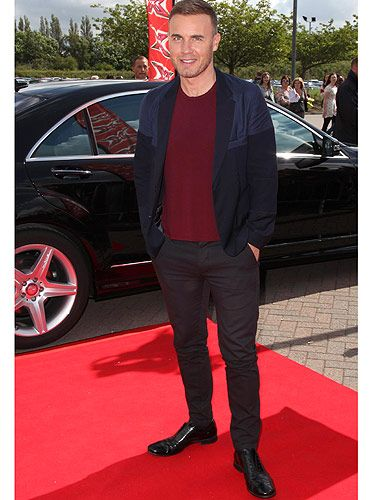 <p>There's no man who does causal-cool better then Gary Barlow. He is turning in to quite the cool dresser, often mixing casual T-shirts with smart blazers. But to be honest, Gary could wear pretty much anything he wanted and we'd still be bouncing off the walls with excitement!</p>