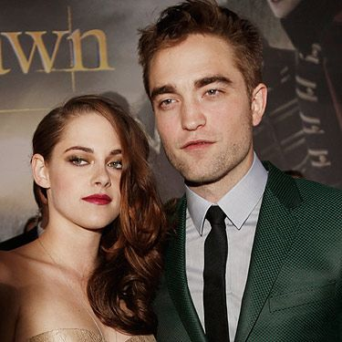 <p>Well people, it's the moment we've all been waiting for&#x3B; The Twilight Saga: Breaking Dawn Part 2 LA premiere. For the occasion, Robert Pattinson wore a bottle green Gucci suit, and Kristen Stewart opted for a sheer gold Zuhair Murad dress.</p>
