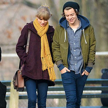 <p>Taylor Swift was spotted out about about with her rumoured One Directioner boyfriend, Harry Styles. Taylor chose the perfect ensemble for a romantic day out in New York with her fella. Opting for a pair of skinny jeans, a burgundy coat and a mustard yellow scarf to stay warm. Good choice.</p>