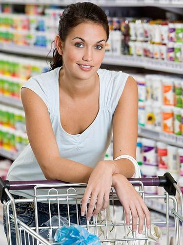 "<p>We all know a weekly shop can be a chore, but if you pack your trolley right, it can turn into quite the beauty experience! Turn to page 70 to find out what foods to include on your shopping list for clear andfirm skin and a glowing complexion.</p> <p><a title=""http://cosmopolitan.co.uk/beauty-hair/eat-yourself-beautiful-96925?click=main_sr"" href=""http://cosmopolitan.co.uk/beauty-hair/eat-yourself-beautiful-96925?click=main_sr"" target=""_blank"">HOW TO EAT YOURSELF BEAUTIFUL</a></p>"