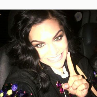 Aww, how adorable does Jessie J look in this Twitter pic? Jessie J was all smiles for the camera when she tweeted her pic and we love that she's smiling so wide. More of these please Jessie