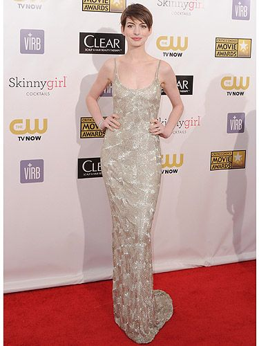 <p>The girl of the moment Anne Hathaway looked stunning at the 2013 Critics' Choice Awards. The 30-year-old Les Mis actress stunned in her floor-length Oscar de la Renta gown. And major congrats to Anne, she won the award for Best Supporting actress. Go Anne!</p>