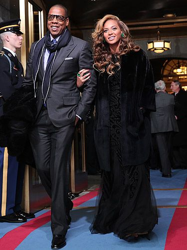 <p>Girl crush alert! Beyonce and her husband Jay-Z arrived at the 57th Presidential Inauguration ceremonial swearing-in of President Barack Obama in Washington, DC. For the mind-blowing occasion Beyonce opted for a Pucci gown, a Christian Dior coat and a pair of Lorraine Schwartz earrings.</p>