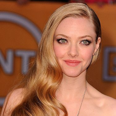 "<p>Les Mis star Amanda showcased beautiful mermaid tresses. Her sleek, flowing waves were crafted into a so-now side-sweep and she even achieved mega-shine, no mean feat for a blonde. Try Aussie 3 Minute Miracle Shine, £4.99, <a href=""http://www.boots.com/en/Aussie-Miracle-Shine-3-Minute-Miracle-250ml_1281985/"" target=""_blank"">Boots</a>, for a gloss-over.</p>"