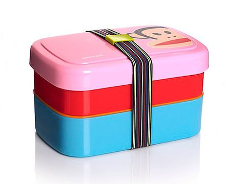 <p>Spending all day on campus? Going on a long journey home? Keep your food safe in this trendy lunch box. The signature Paul Frank monkey never fails to make us smile. No more soggy sandwiches. Hooray!<br /><br />