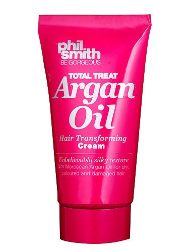 <p>Indulge in some luxurious pampering while you read your favourite mag as this month's issue comes with a free Philip Smith Moroccan Argan Hair Oil*</p> <p>*Not available on subscription copies or in some areas.</p> <p>It's treats galore as we have other treats to give away too, including:</p> <p>A free haircut for every reader** <br />Win a year's supply of Phil Smith hair goodies</p> <p>So what are you waiting for? Flick to page 180 to enter! *</p> <p>*Terms and conditions apply. **Terms and conditions apply.</p>