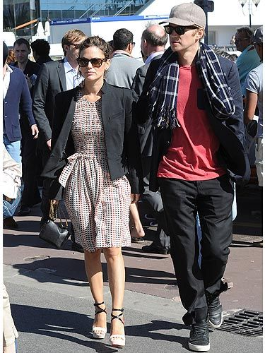 <p>Rachel Bilson looked casual, yet chic during the 2013 Cannes Film Festival. The Hart of Dixie star was spotted with her GORGEOUS fiancé, Hayden Christensen. It's worth noting that Hayden looked nearly as cool as his lady. What a stylish pair!</p>