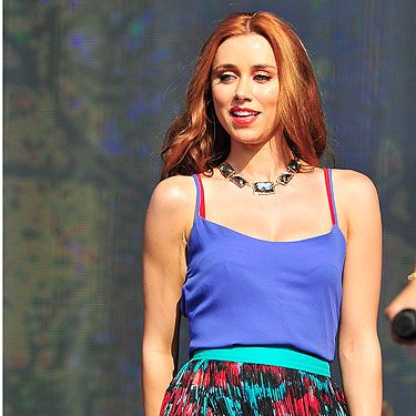 <p>Una Healy gives us major festival inspiration with this electric blue vest top and animal print red and green skirt combo.</p><p>Accessorised with black shoes and a statement necklace, Una's rocking an outfit we can definitely see ourselves having a go at for some evenings in beer gardens this summer.</p>