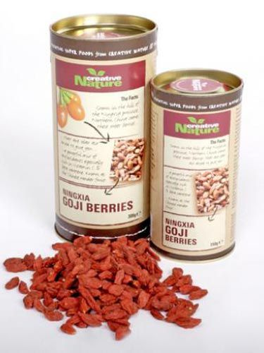 "<p>Goji berries are an ideal way to snack on something delicious between meals, all while packing some seriously nutritional punch to your daily diet.</p> <p>Miranda Kerr is one of the many celebs who adores these moreish little berries, admitting she loves them because they're ""rich in antioxidants and are said to have more vitamin C than oranges.""</p> <p>Sounds good to us - throw in plenty of vitamin B1, B2, B6 and E, not to mention trace minerals of zinc, iron, copper, calcium, germanum, selenium and phosphorous, and you have a recipe for snacking perfection!</p> <p>£6.40 for 150g, <a title=""Creative Nature Superfoods"" href=""http://www.creativenaturesuperfoods.co.uk"" target=""_blank"">Creative Nature Superfoods</a></p>"