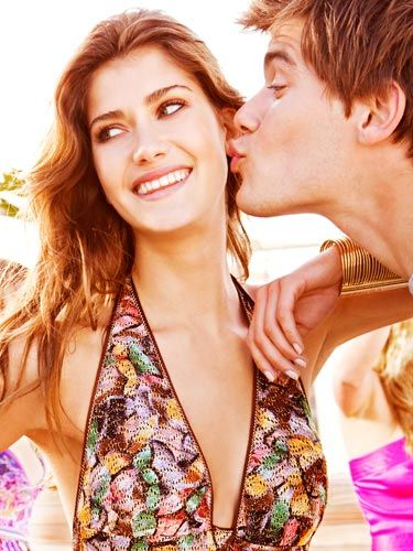 <p>Think cheesy one-liners, dodgy dancing, and even a few crazy hairstyles – we ask 20 fellas for their top chat-up secrets. What is the worst chat-up line YOU'VE ever heard? Tell us by emailing cosmo.mail@hearst.co.uk.</p>
