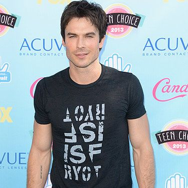 <p>Woah! Check out Ian Somerhalder's bulging biceps, he needs to wear short sleeved T-shirts more often! Or, and here's a thought, perhaps no T-shirt at all? The 34-year-old Vampire Diaries actor worked a brooding look on the turquoise carpet – and we like it! We wonder what his ex-girlfriend Nina Dobrev thought about his sexy look.</p>