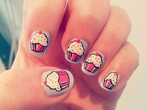 <p>These sweet treats look good enough to eat. Manicurists at <a. Cute  cupcakes - Easy Nail Art Design Ideas