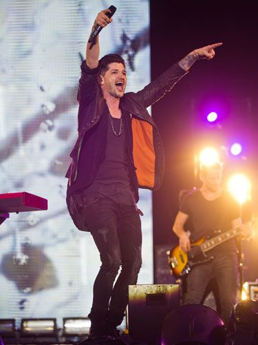 <p>Go on Danny boy! The Script front man focused on the V Festival crowd as he worked his charm.</p>