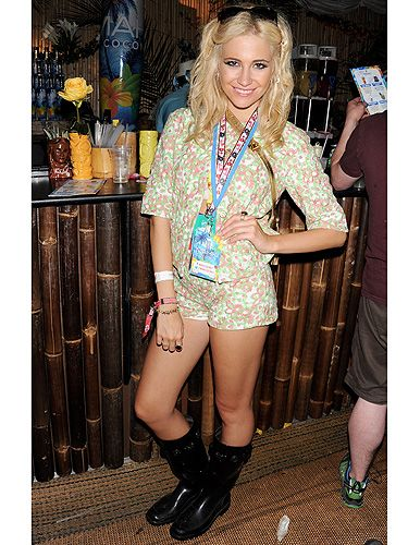 <p>Singer Pixie Lott pulled off a printed two-piece at V Festival. The ditsy floral print of her Moschino Cheap & Chic resort 2014 ensemble was toughened up with slick black wellies and superstar shades. Pure print perfection.</p>